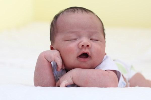Cara Menghilangkan Kemerahan Bekas Gigitan Nyamuk Pada Bayi