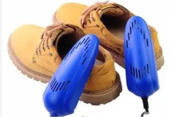 Wajib Punya! 7 Alat Untuk Pengendara Motor Musim Hujan